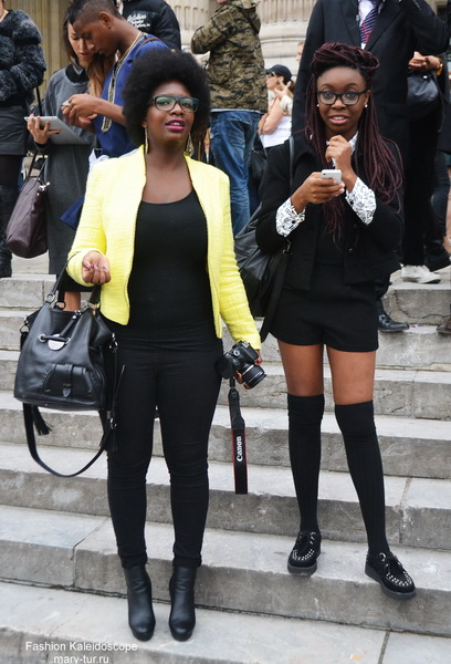 My photo-review: Paris Fashion Week. Streetstyle перед показом Chanel, Spring 2014