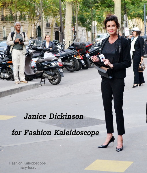 Janice Dickinson. Paris Fashion Week