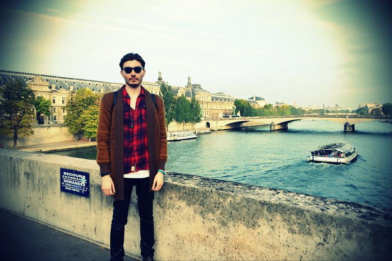 НE случайные встречи: Данил Толмачев. Париж