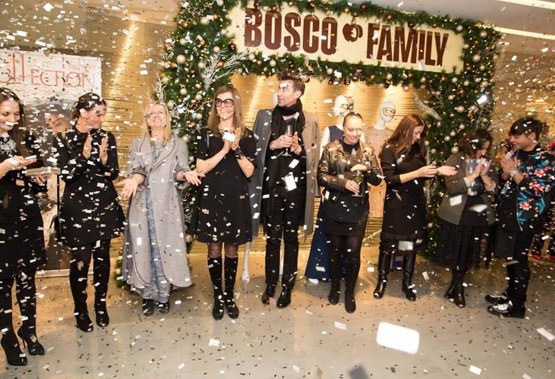 Открытие экспозиции новогодних образов от лучших российских дизайнеров в Смоленском Пассаже
