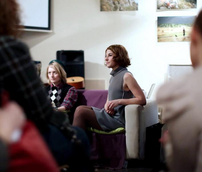 "Public talk. ""Профессия для девушки: fashion blogger"". Спикеры - Саша Саночки и Мария Тур"