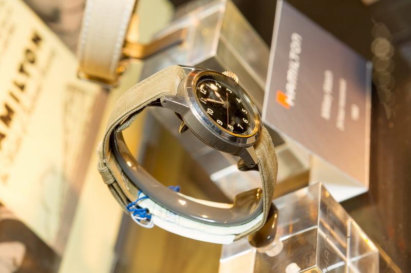 Выставка винтажных часов Hamilton в бутике Hour Passion на Тверской