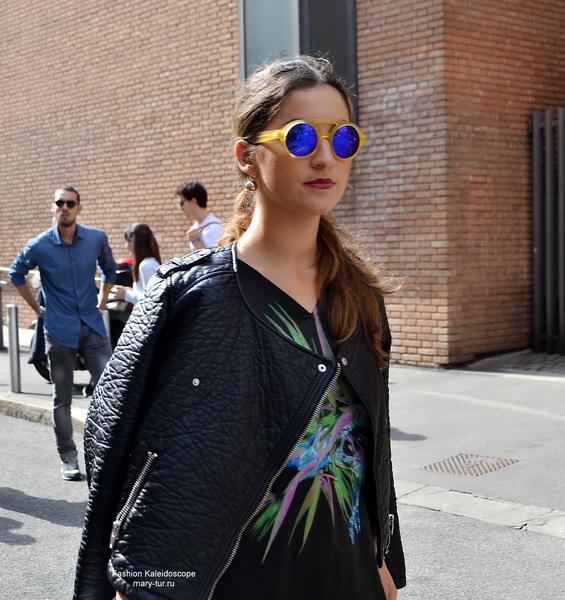 Street style перед показом Laura Biagiotti, Spring 2015